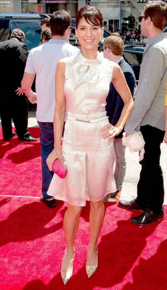 Perrey Reeves   Three Stooges Red Carpet Follow Me If You Love The Movies! Images