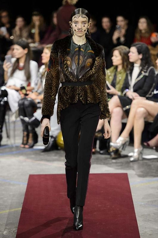 Givenchy - #PFW Fall/Winter 2015/2016 www.so-sophisticated.com