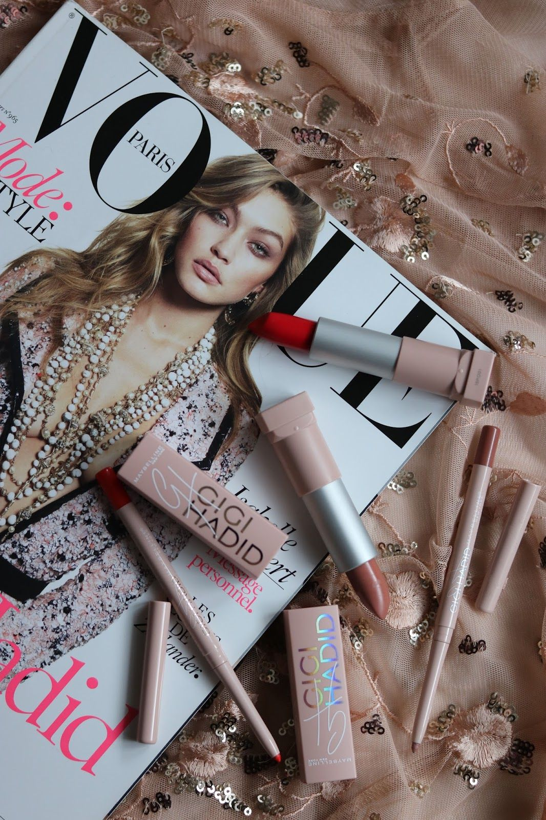 Maybelline New York x Gigi Hadid lipsticks Предметы