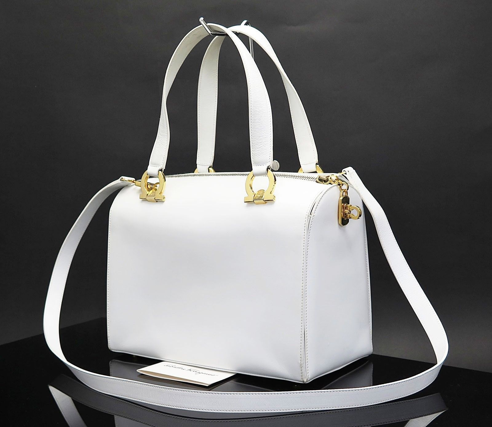 8c8424bdee57 Auth SALVATORE FERRAGAMO Gancini White Leather 2-Way Shoulder Hand Bag   27583