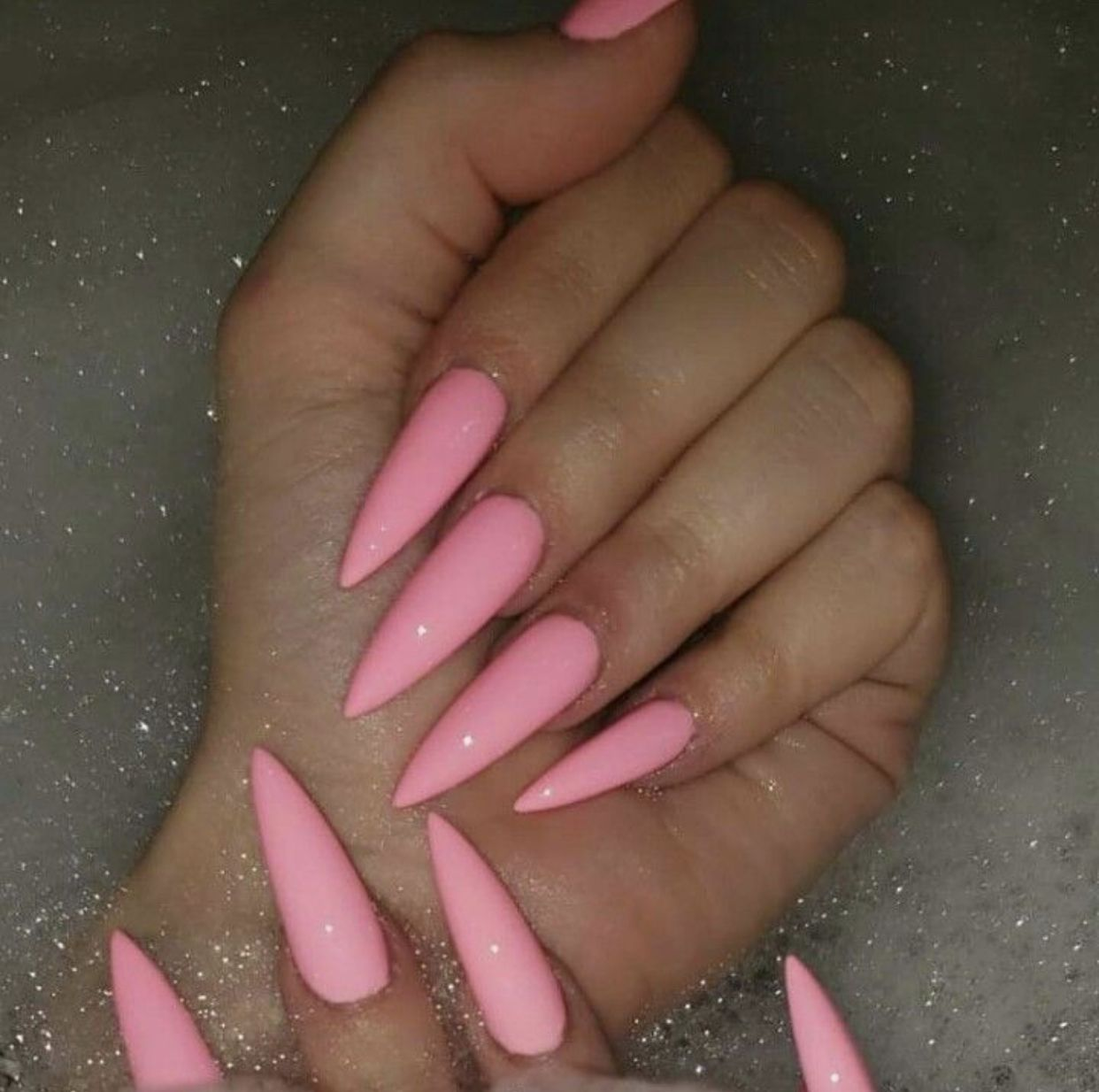 Pin By Versicapeter On Nails Pink Stiletto Nails Stiletto Nails Designs Pink Acrylic Nails