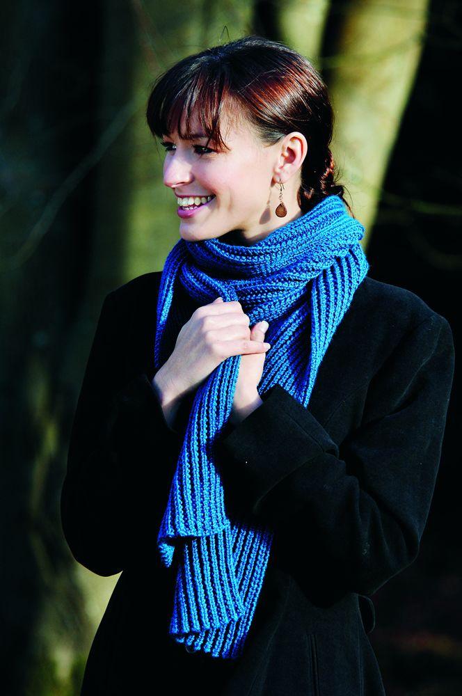 Realizzato a maglia con i fascicoli Hachette Facilmente Maglia & Uncinetto.