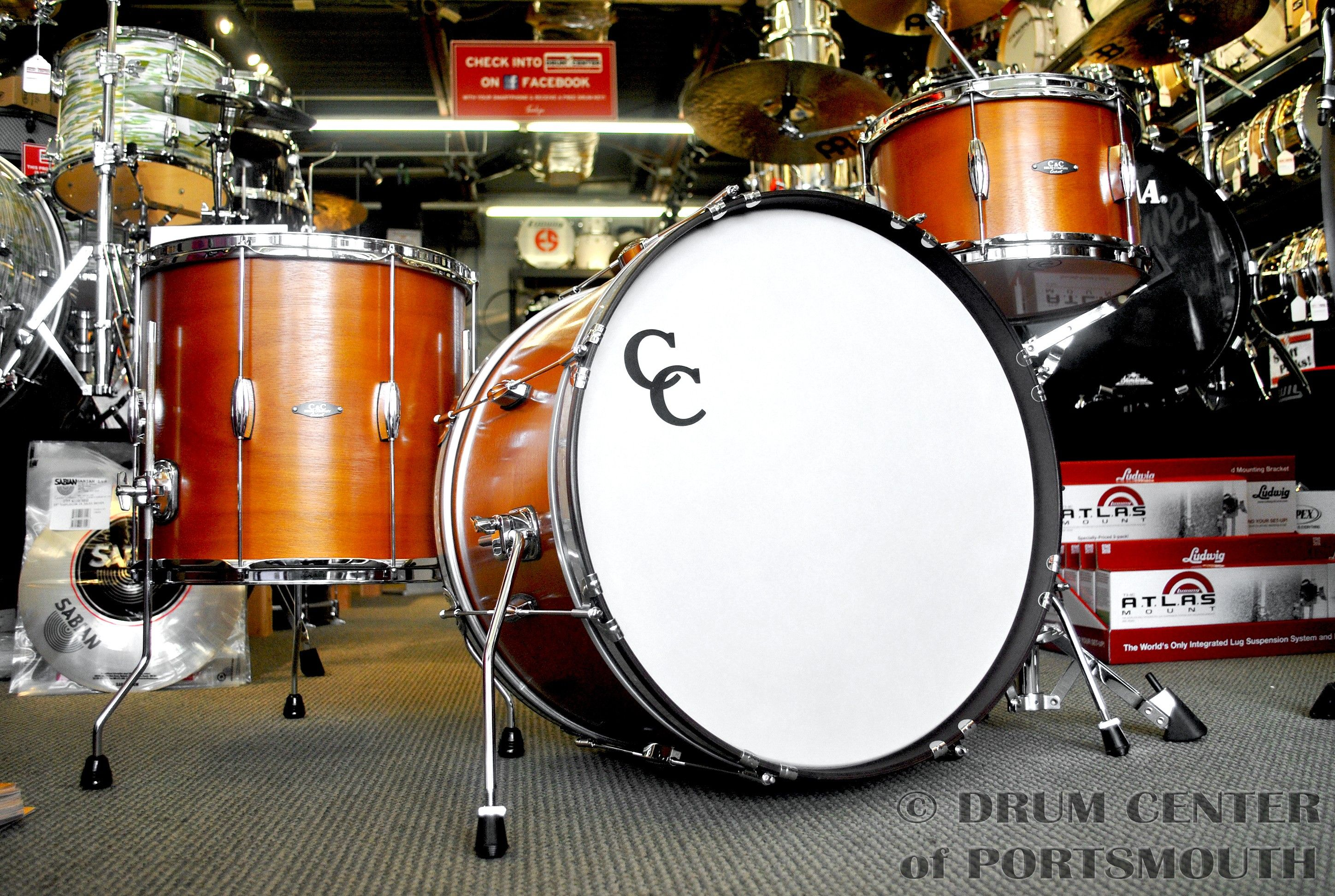C C Player Date I Drums Feature 7 Ply Gladstone Style Luan Mahogany Shells Centered Beavertail Lugs Triple Flanged Hoops Vintage Fold Out Bd Spurs In Drums