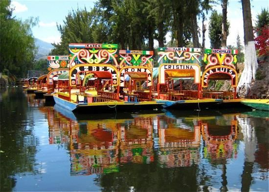Floating Gardens Of Xochimilco What A Beautiful Place So Colorful And Festive Places I Am