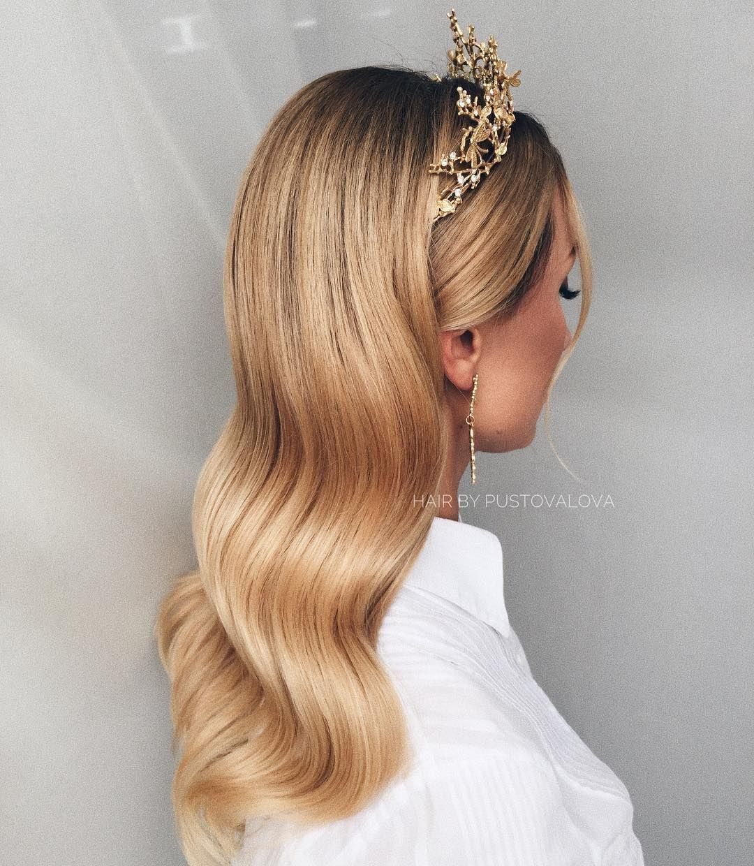 beautiful & elegant bridal hair down idea to inspire your
