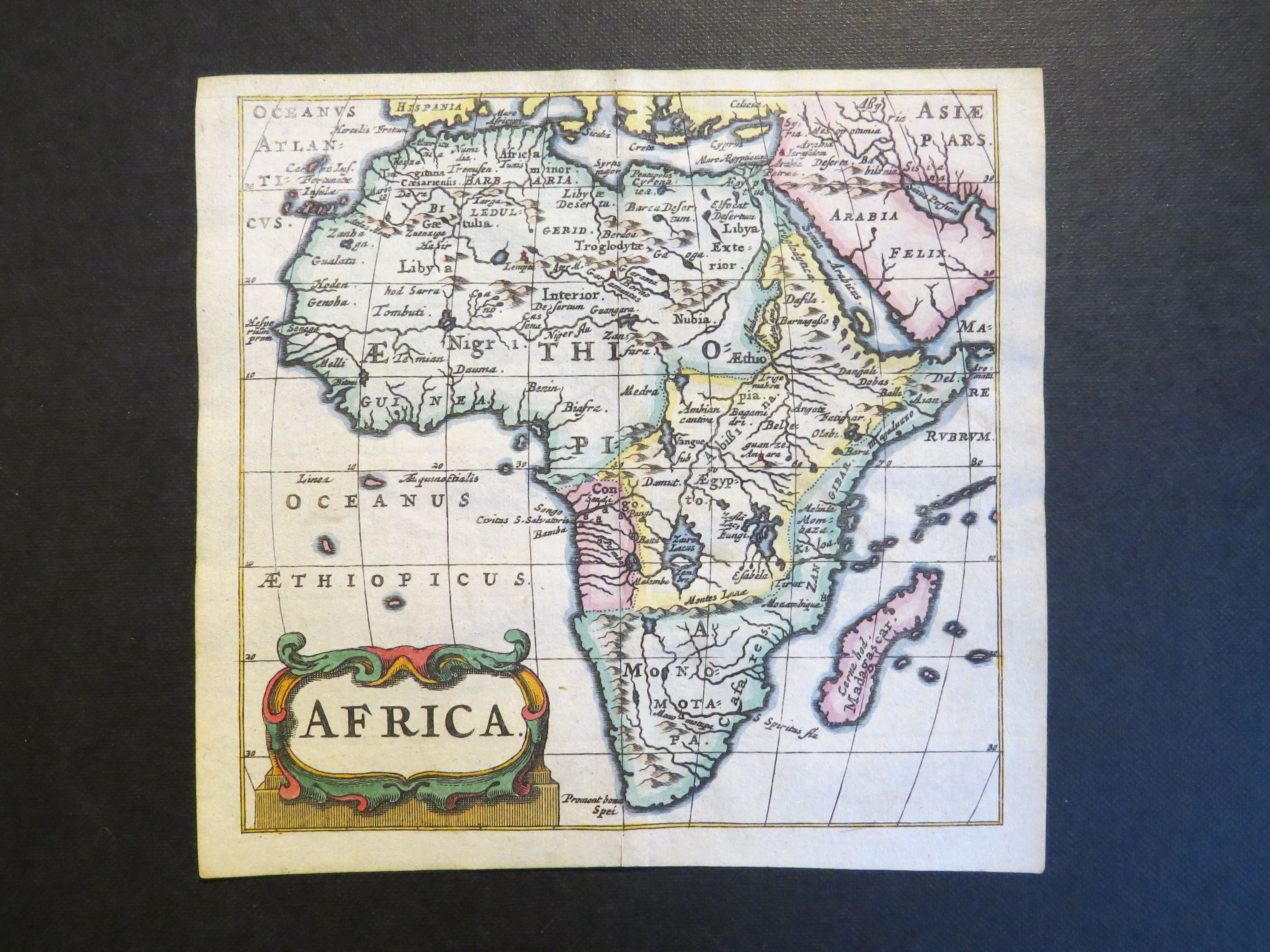 By Veelwaard 1841 The Cheapest Price Antique Miniature World Map