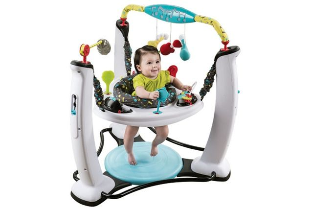The 7 Best Baby Play Mats Of 2020 Baby Exersaucer Best Baby Play Mat Baby Toys