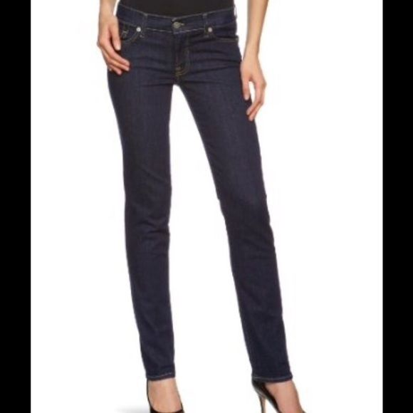 """7 For All Mankind Skinny Jeans 7 FAM Jeans, cut: 72551 Roxanne is the style, 98% cotton & 2% spandex, 31"""" inseam, these are in EUC 7 for all Mankind Jeans Skinny"""