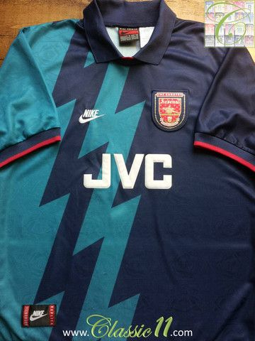 c819751bb Relive Arsenal s 1995 1996 season with this vintage Nike away football shirt .