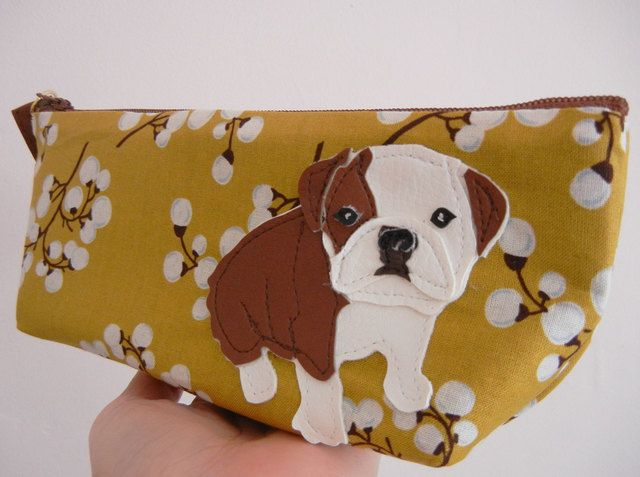 Aww isn't Boris the cutest?! // Boris the Bulldog Vintage Inspired Mustard Floral Case. Starting at $15 on Tophatter.com!