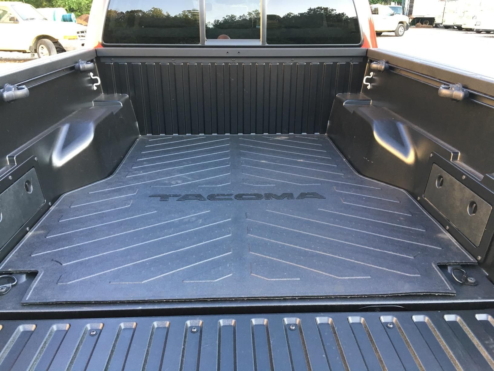 tacoma short bed mat 05 20 in 2020 toyota accessories tacoma accessories tacoma pinterest