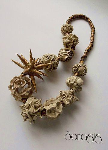 manipulation necklace.. By Sonagrig.  Love her work!