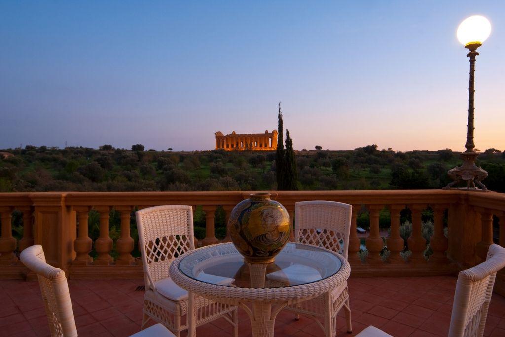 Hotel Villa Athena Luxury Spa Hotel Agrigento Italy Beach Slh Luxury Spa Hotels Sicily Hotels Athena Hotel