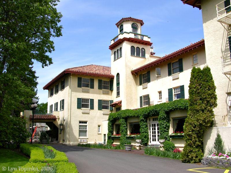 The Columbia River Gorge Hotel Hood Oregon