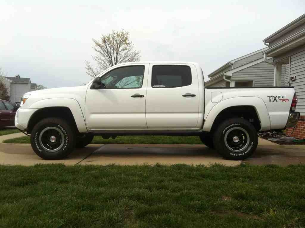 Delightful 2012 Toyota Tacoma Double Cab TRD TX Pro.