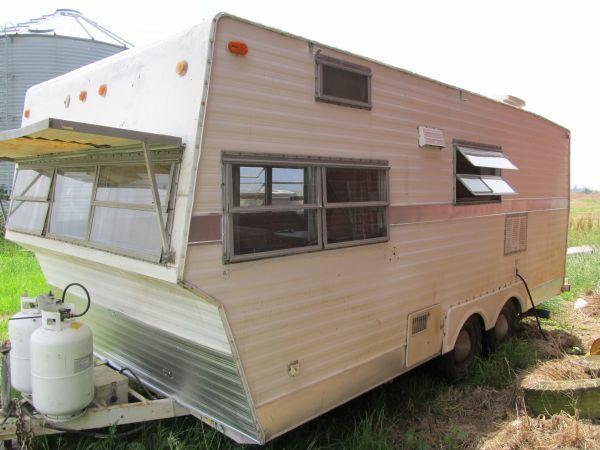 1972 Shasta 22 Travel Trailer 1500 Harrisburg Vintage Travel Trailers Camping Camper Vintage Camper