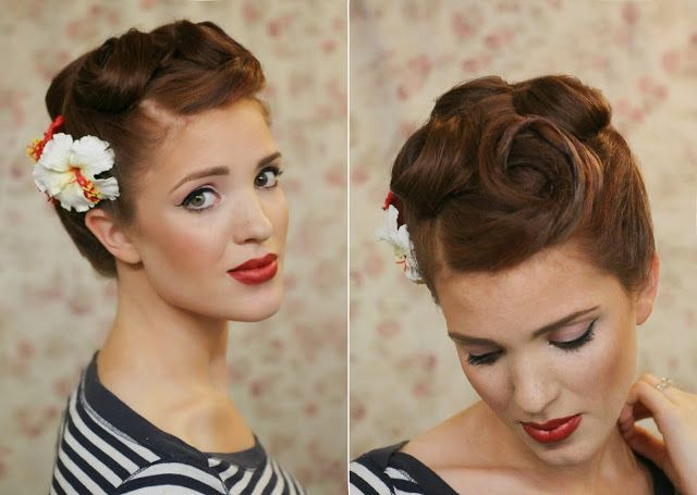 Retro Rockabilly Frisur Pin Up Locken Hibiskus Blume Als Haarschmuck
