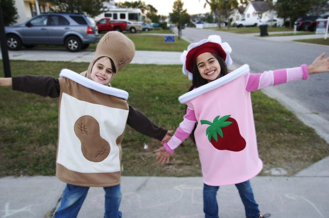 Gravity Falls Halloween Special Costumes PB and J