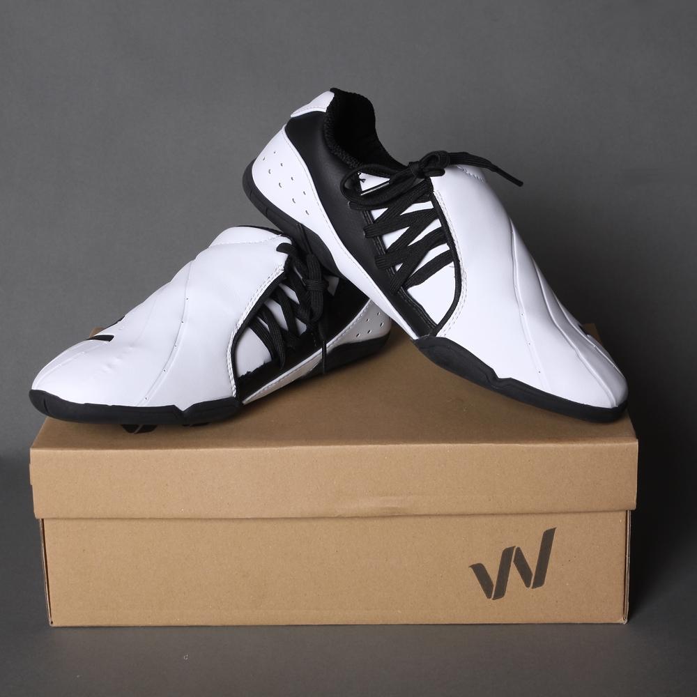 38.94$  Buy now - http://alikw4.shopchina.info/go.php?t=32759159344 - Tae Kwon Do Shoes Umpire Coach Shoes Professsional International Taekwondo Association designated shoe Instructor Taekwondo Shoe  #buyonline
