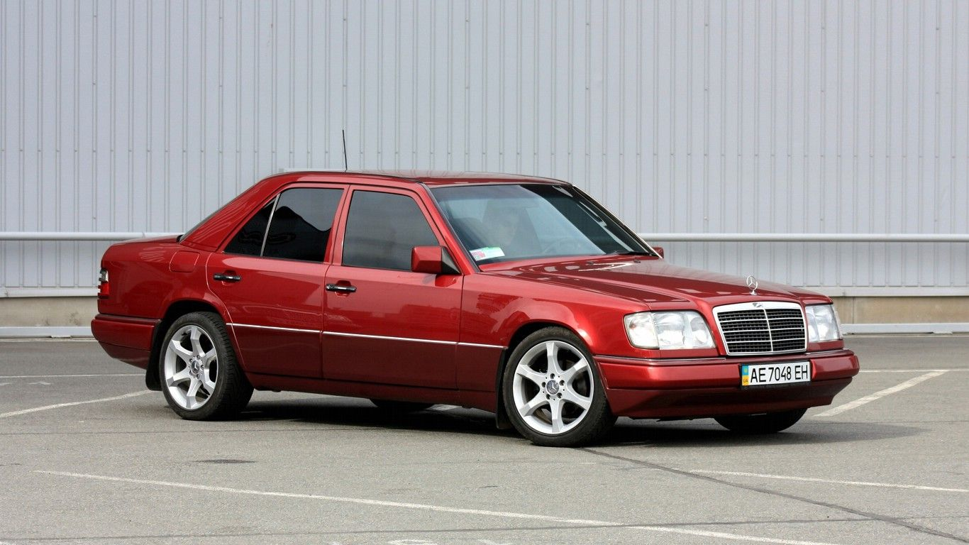 Image gallery mercedes w124 for Mercedes benz w124