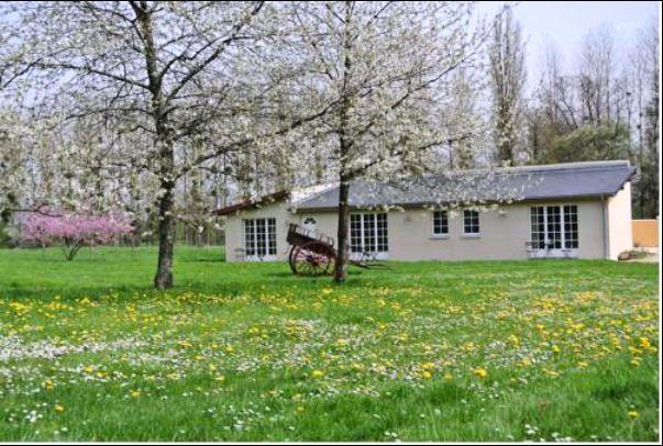 """Dans le Département du CHER, La Maison d'Hôtes de Charme """" LE MOULIN DE VRIN """" à SANCERGUES a opté pour une Présence ILLIMITÉE sur http://www.trouverunechambredhote.com/fiche.php?aid=667"""