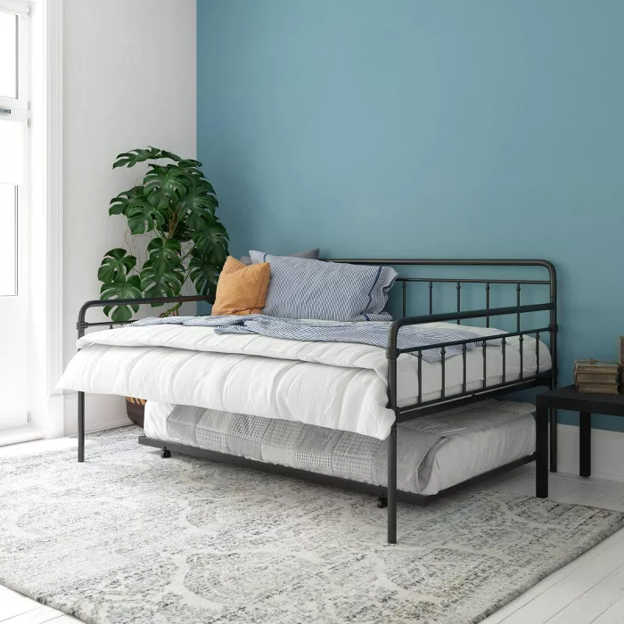 Full Waldorf Metal Daybed and Trundle Black Room & Joy