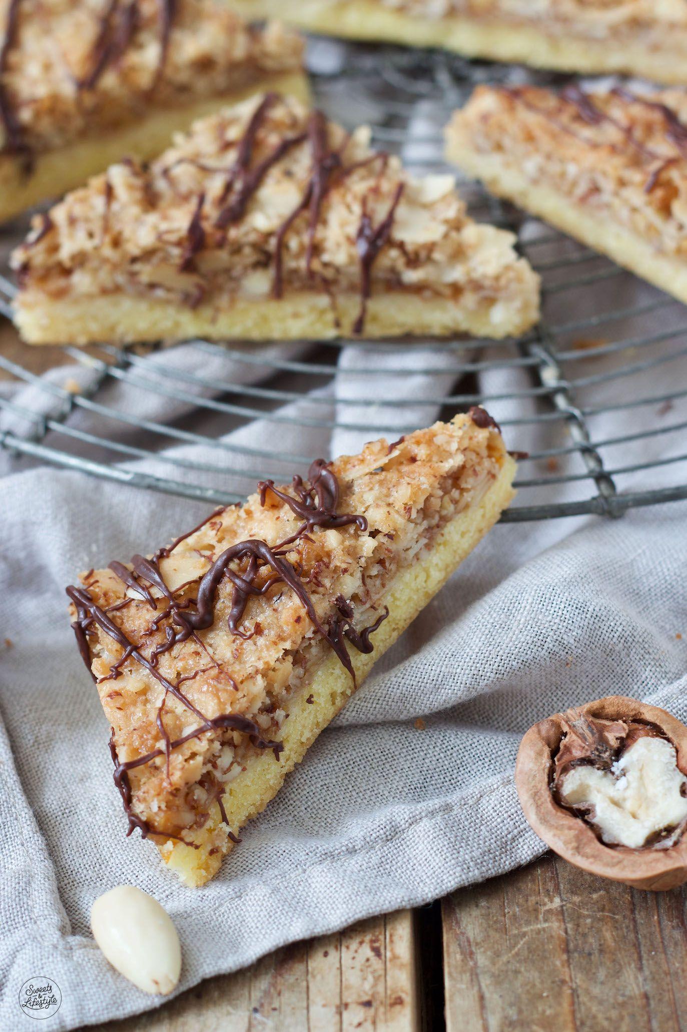Saftige Nussecken vom Blech - Rezept - Sweets & Lifestyle®️ #nusseckenrezept