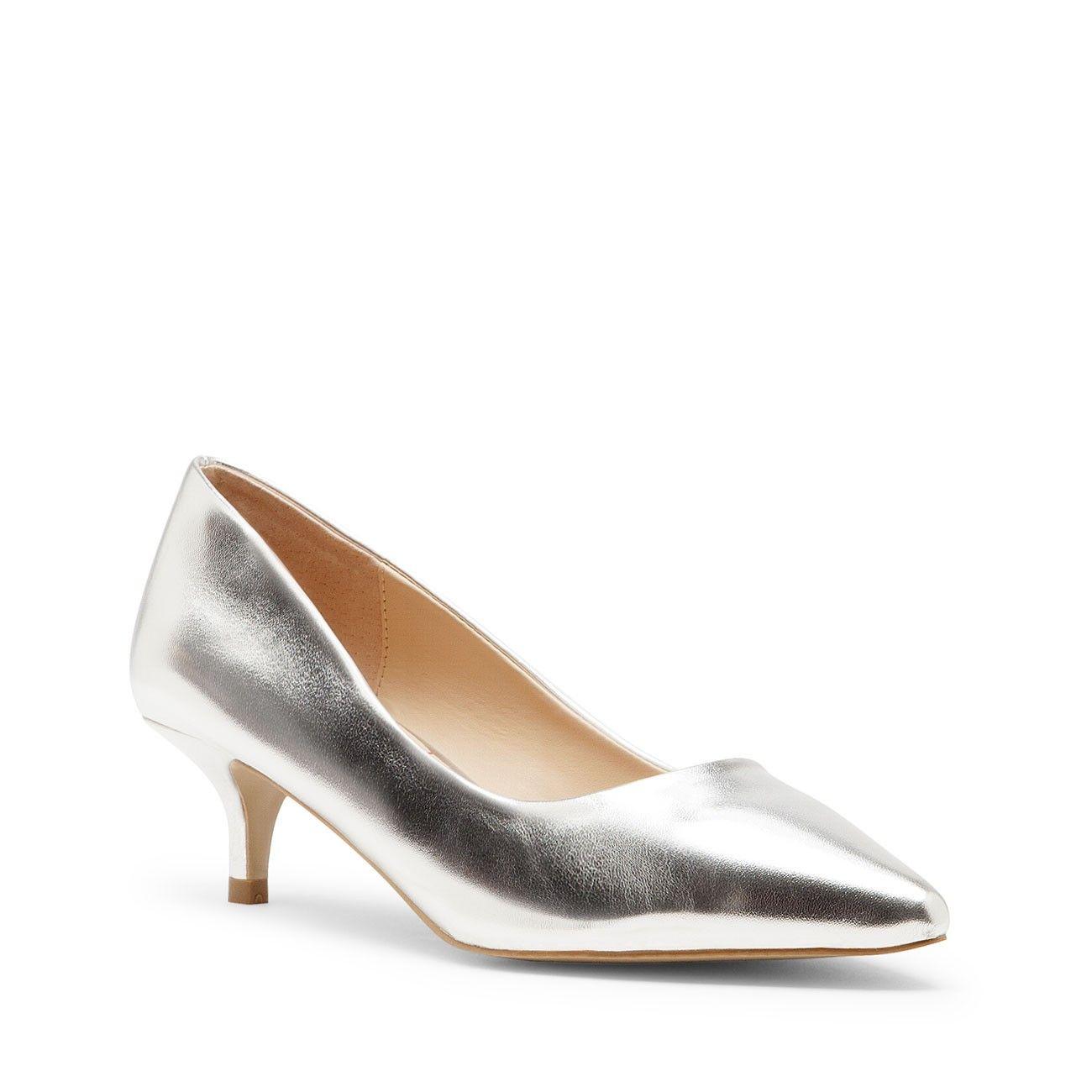 Pin By Alina Poniewaz Bolton On Wish List Kitten Heel Shoes Heels Kitten Heels