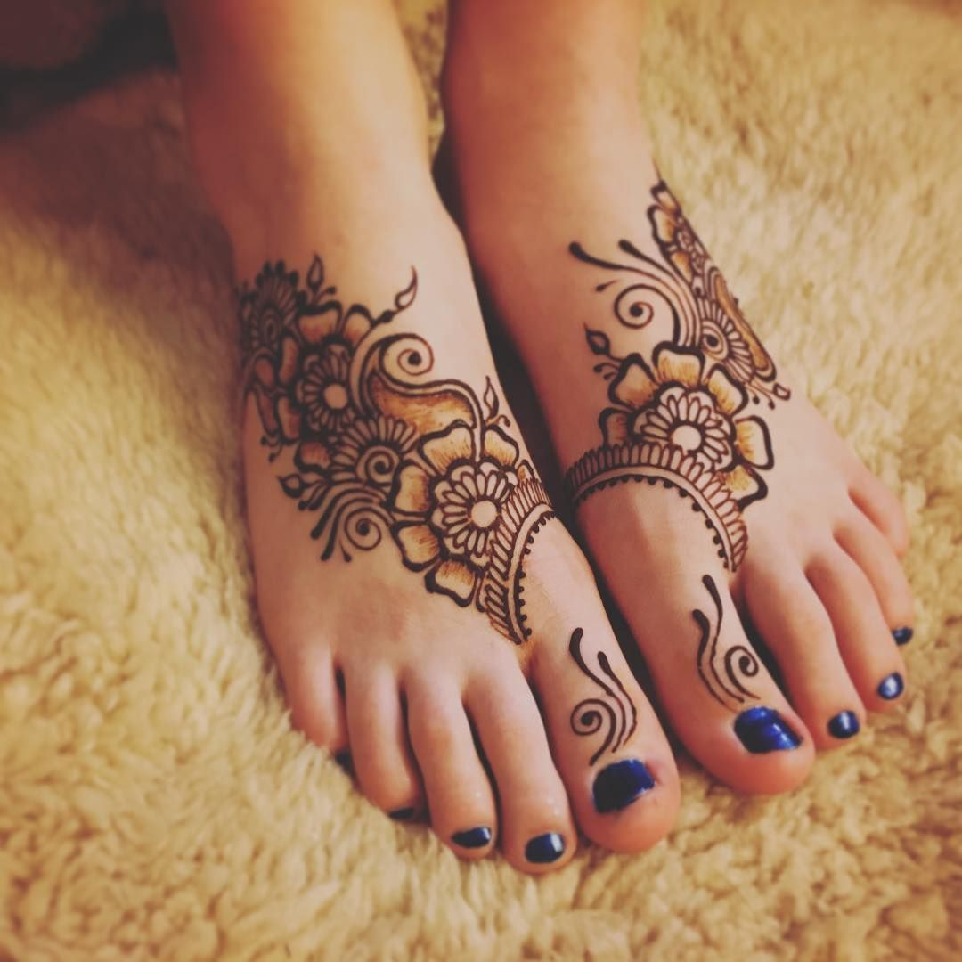 178 Likes 2 Comments Sandy Rippetoe Dreaminginhenna On Instagram Still Amped Up And Inspired By Wcme Henna Designs Feet Mehndi Designs Feet Foot Henna