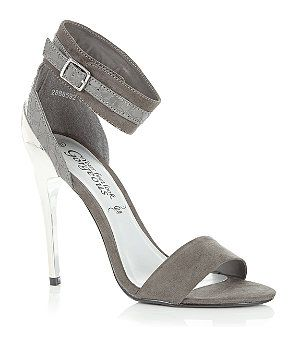 Step into the new season in classic style with these chic two tone grey sandals! In a wide ankle strap design, these barely-there heels are the perfect partner to printed monochrome trousers or a simple little black dress! #newlookfashion #newlook #shoes