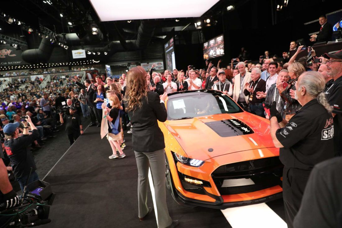 First 2020 Ford Mustang Shelby Gt500 Fetches 1 1 Million At