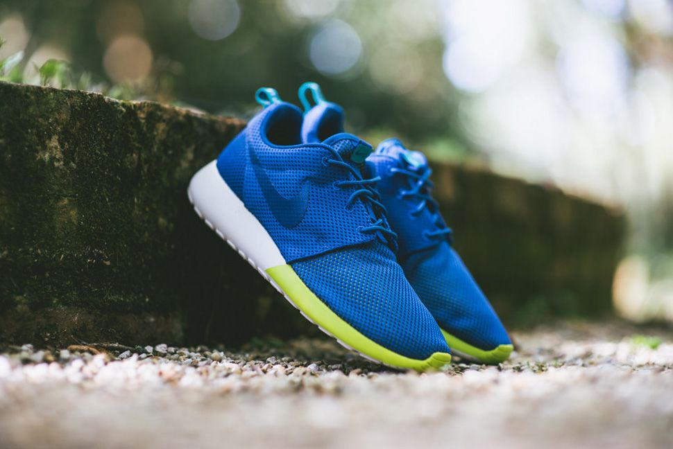 watch 3196f 0b270 ... Nike Roshe Run Military Blue Venom Green ...