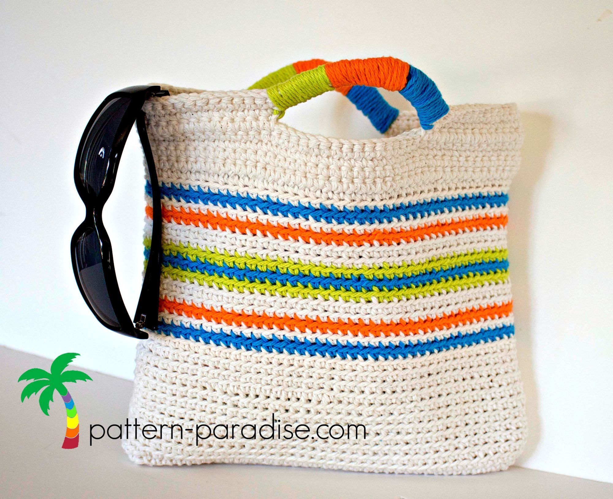 Free crochet pattern for small striped clutch purse tote bag by free crochet pattern for small striped clutch purse tote bag by pattern bankloansurffo Gallery