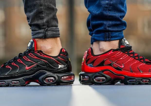 nike air max plus love hate pack