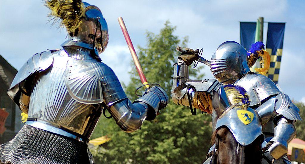 Knights tournament in July  #slovenia #predjamacastle #predjamskicastle #placetovisit #travel #thingstodo #history #slovenianhistory #castleinacave #postojna #sloveniancastles #postojnacastle #knights #knightstournament