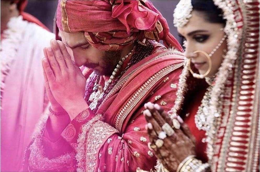 The Real Anushka Sharma Deepika Padukone Lehenga Cost Frugal2fab Celebrity Weddings Bridal Looks Bollywood Wedding