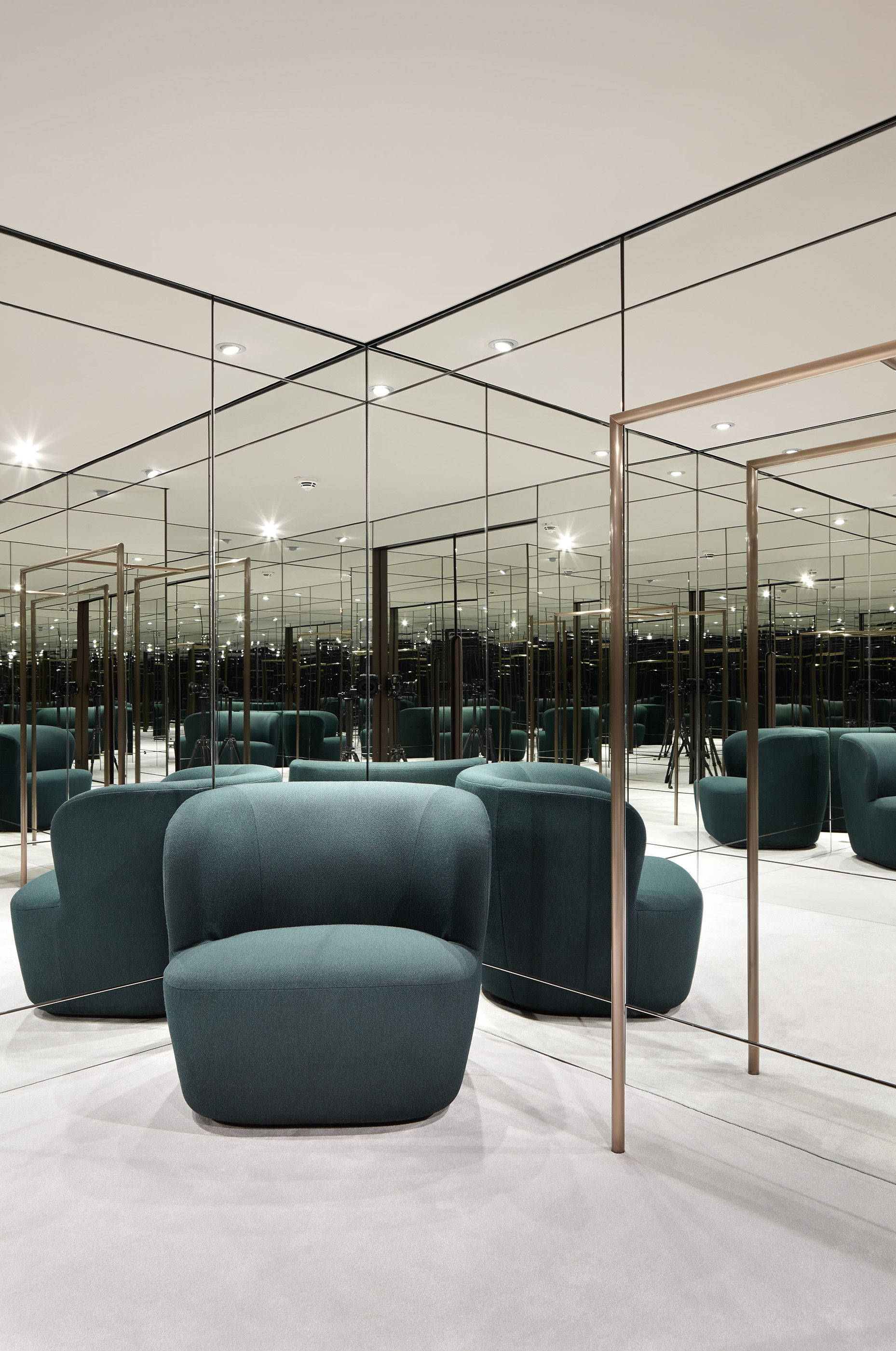 Concept Store Apropos Hamburg Men Flagship Fitting Room Retail Design By Rodolphe Parente