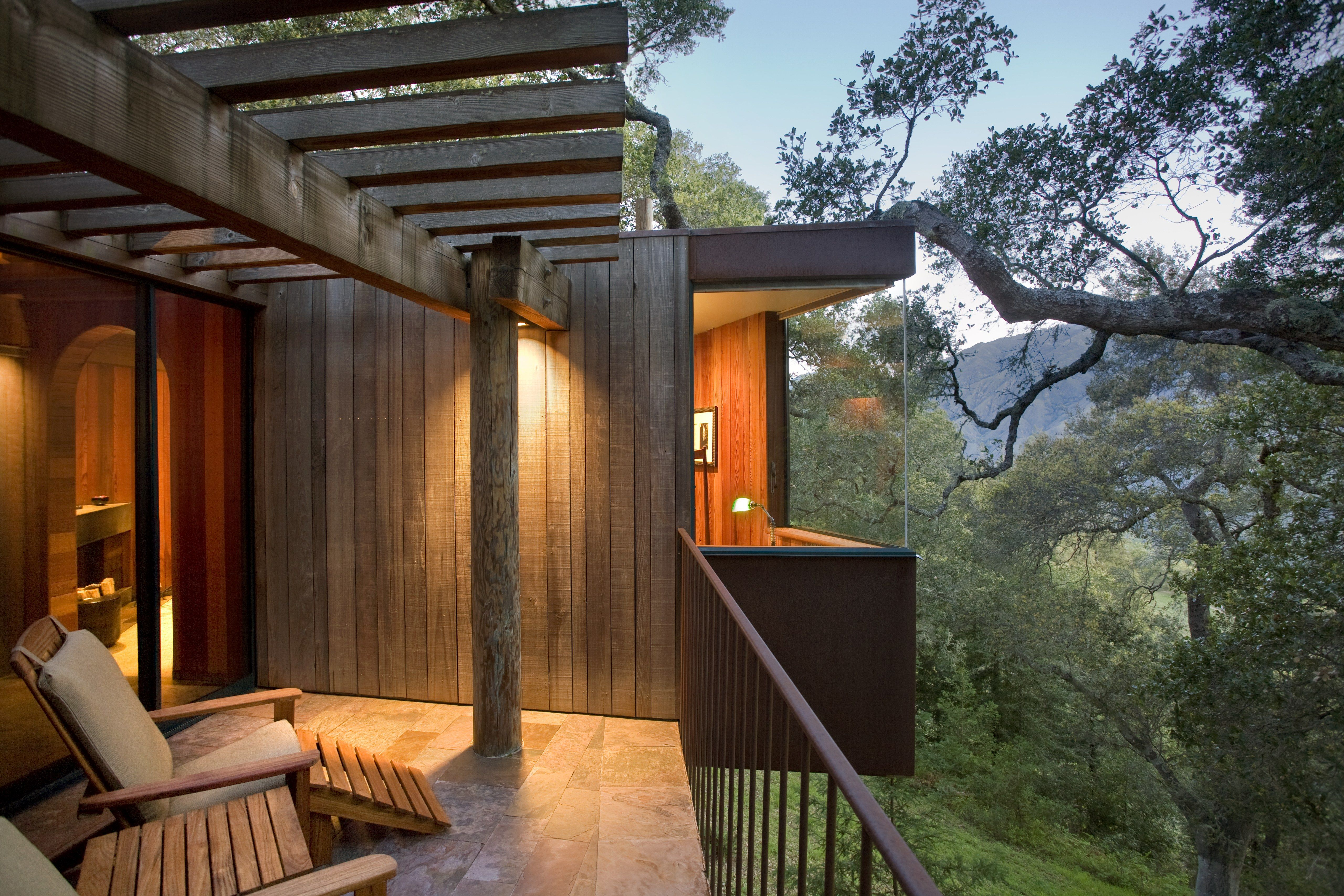 7 treehouse hotels that reach new heights in design post ranch inn 7 treehouse hotels that reach new heights in design sisterspd