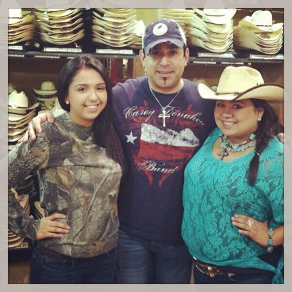 "Getting myself a new black palm leaf for the summer and I ran into ""Cavendar's Girls"" at the store in McAllen. Gonna christen the new hat tonight at our show at Hillbilly's!!!  Dedicating our weekend shows there to the late and great George Jones!!! Bring it, RGV!!!"