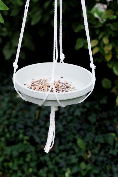 DIY Futterplatz mit Makramee | Basteln im Herbst | schereleimpapier
