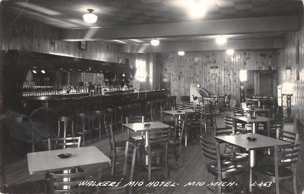 Mio Michigan Interior View Of Bar In Walker S Hotel Real Photo Pc Y7017