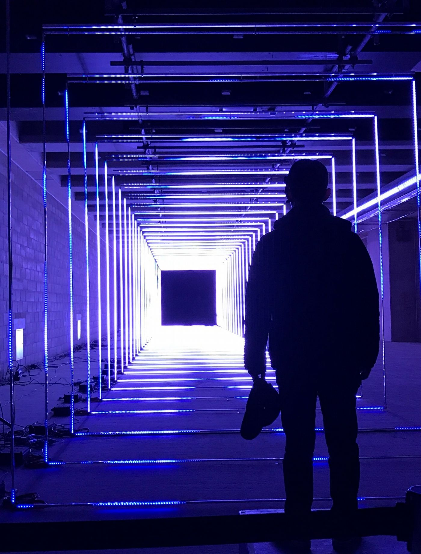 click photo to experience winter lights at canary wharf london