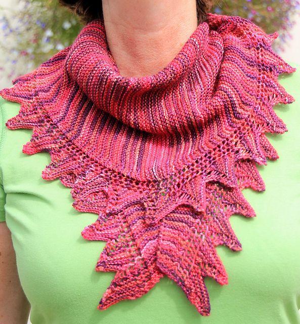 Ravelry: Free pattern. Good bus knitting! Faved on Rav. Uses ~500 ...