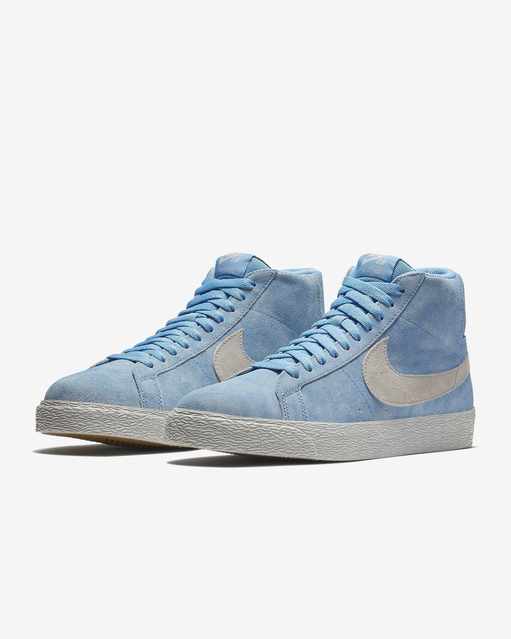 Nike SB Blazer Mid Men's Skateboarding Shoe   Sneakers men