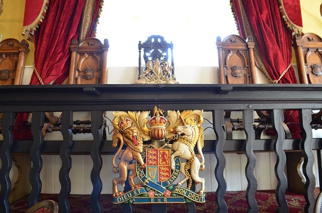 Royal coat of arms in the Verderers' court