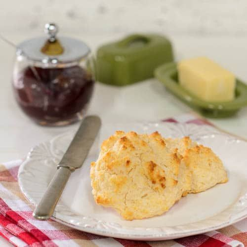A Recipe For Sour Cream Drop Biscuits It Is A Quick And Easy Recipe Using Flour Leavening Shortening Sour Drop Biscuits Best Homemade Bread Recipe Recipes