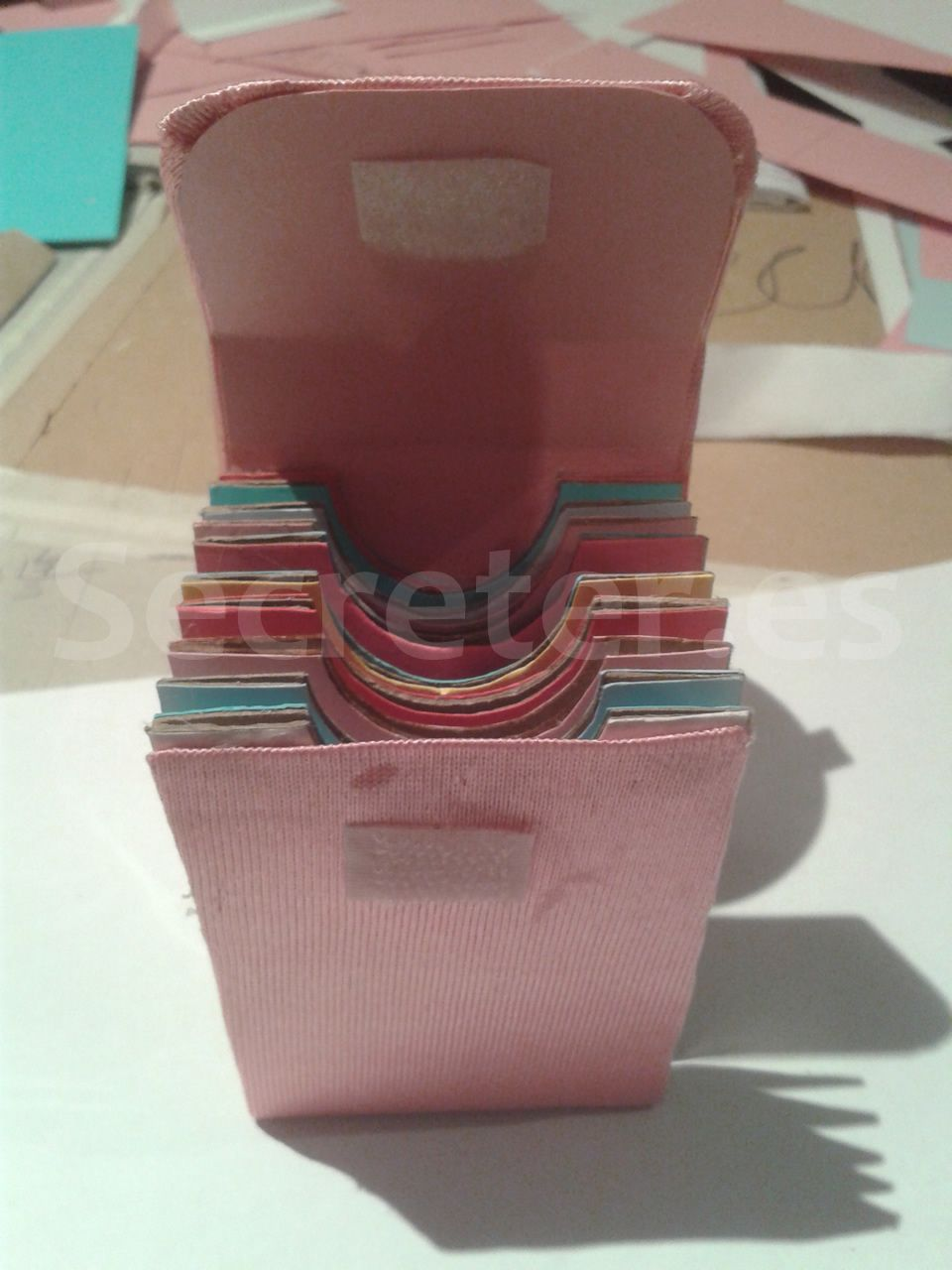 Tarjetero hecho con tubos de papel higi nico http - Manualidades en papel ...