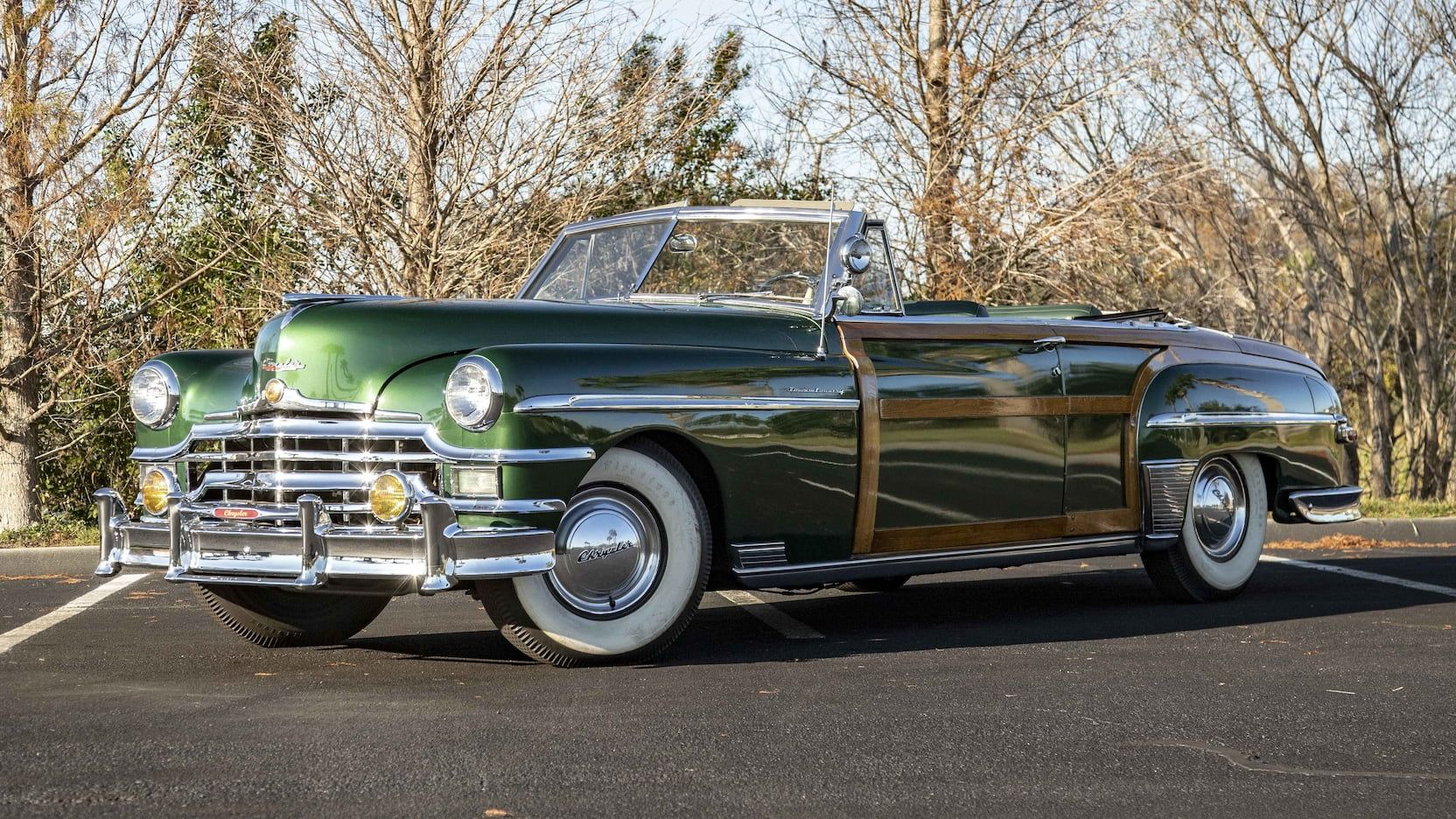 1949 Chrysler Town & Country Convertible presented as Lot