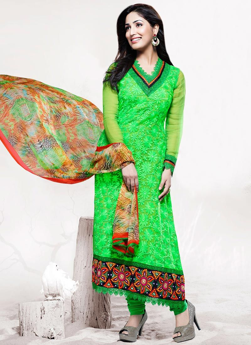 Exotic Yami Gautam Style Green Chiffon Churidar Suit, Product Code : 2412, Price : INR 4978, Shop Now : http://www.sareesaga.com/index.php?route=product%2Fproduct&product_id=2412  Email :support@sareesaga.com, What's App or Call : +91-9825192886