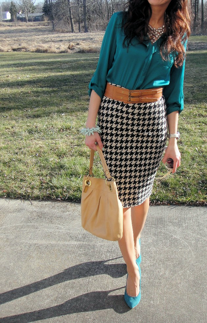 green silky shirt, black white pencil skirt, tan belt